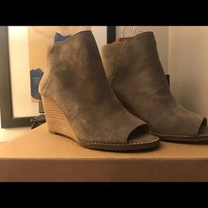 Lucky brand open toe booties